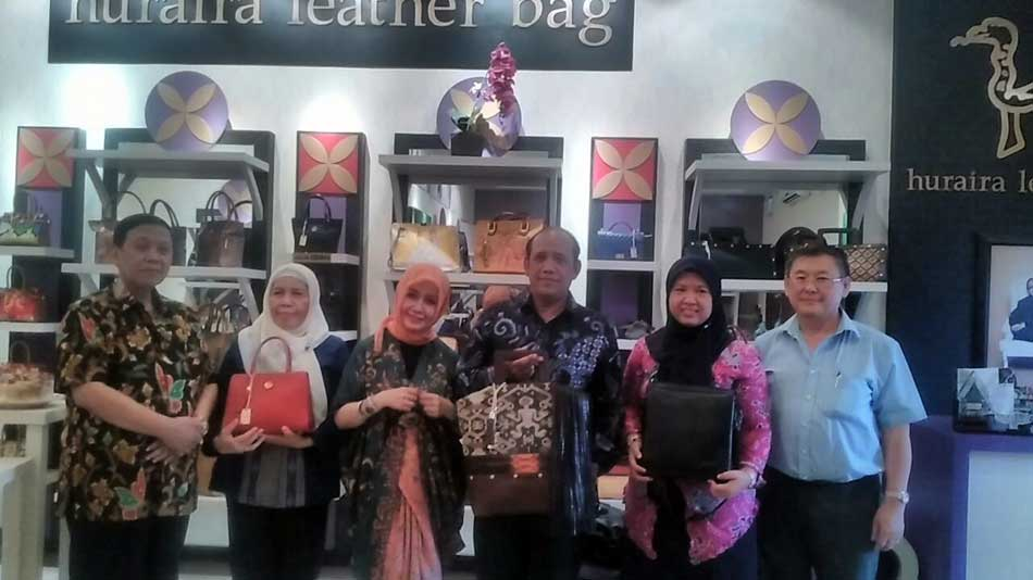 Produk Huraira Leather Bag Ikut Pameran Internasional