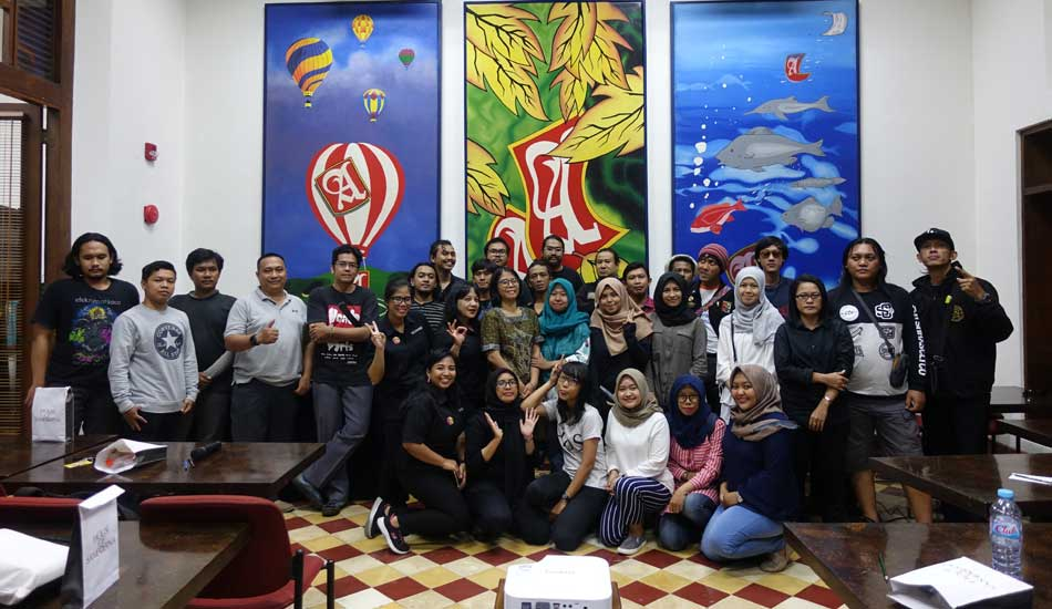 Workshop Rilis Album Format Kaset Di HoS