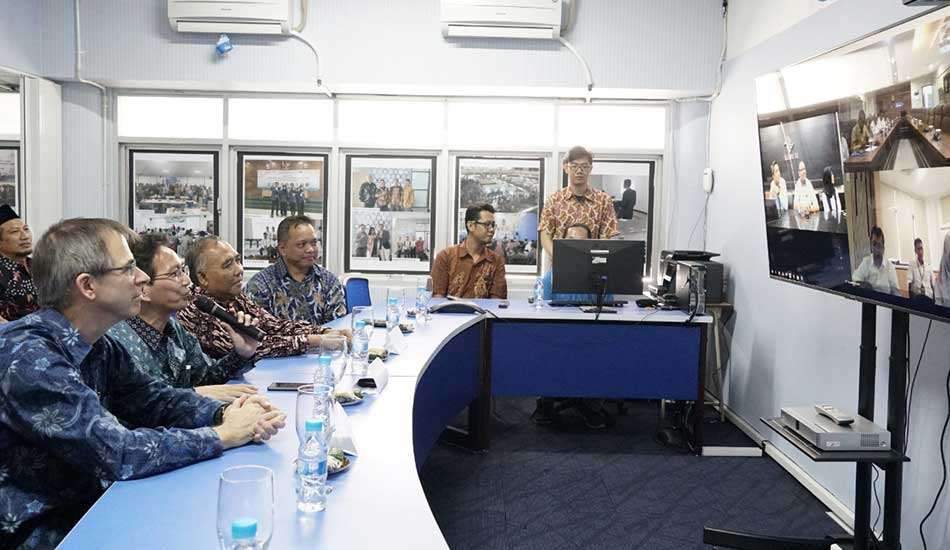 ITS Sediakan Fasilitas Video Conference dan Online Internship