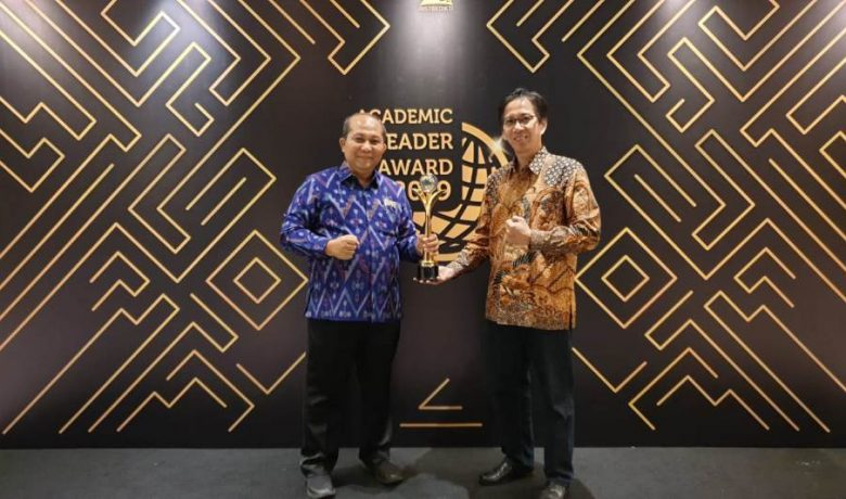 Tiga Dosen ITS Raih Academic Leader Award 2019